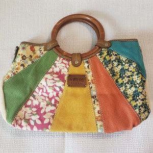 RELIC Multicolored Wooden Handle Satchel